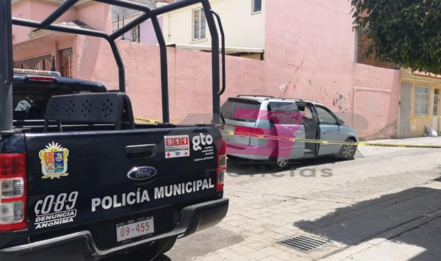 ASEGURA POLICÍA CAMIONETA QUE PARTICIPÓ EN ROBO EN TIENDA DE PLAZA CIBELES 3