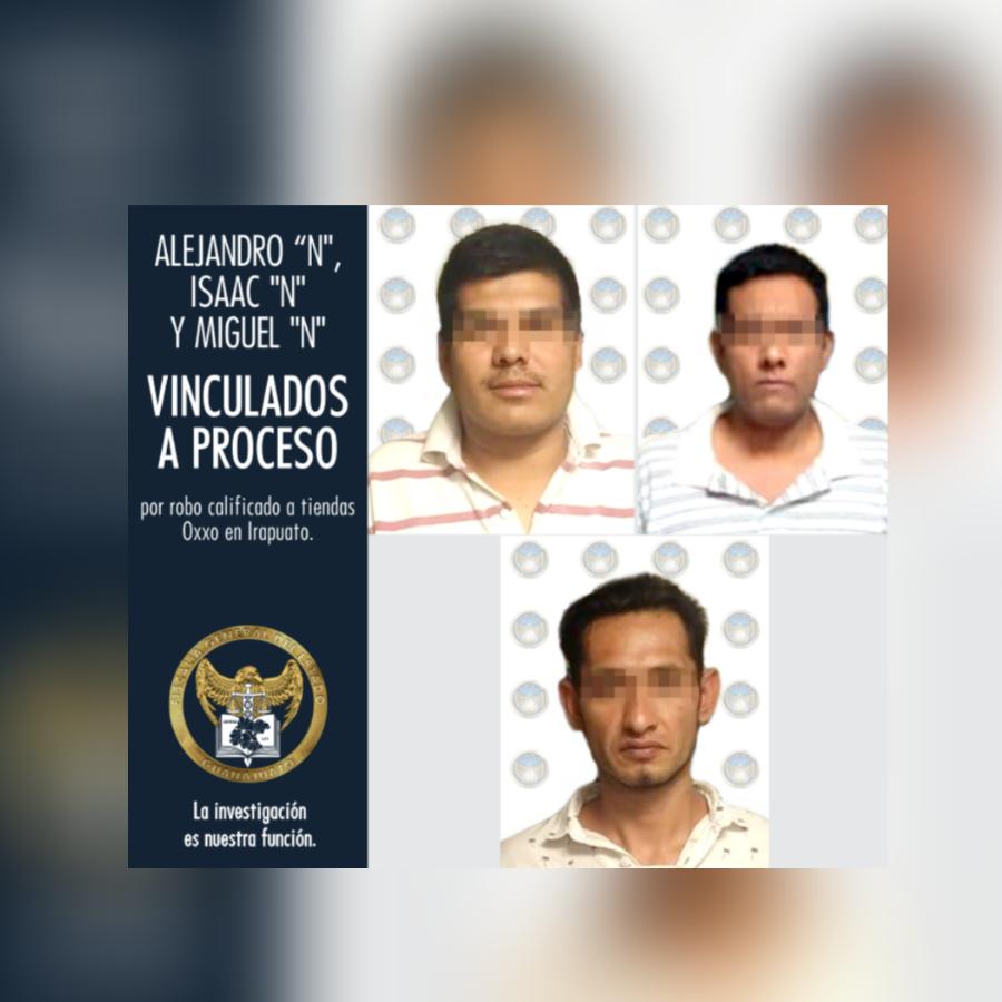 ASALTANTES DE OXXO EN IRAPUATO, EN PRISIÓN PREVENTIVA. 2