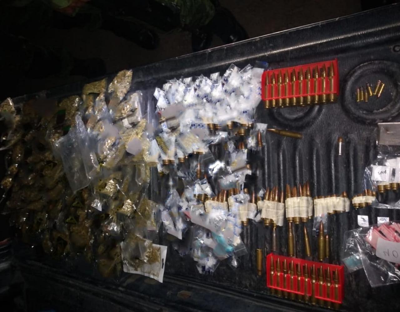 ASEGURAN DROGA, CARTUCHOS ÚTILES, UN ARMA DE FUEGO Y MOTO ROBADA 3