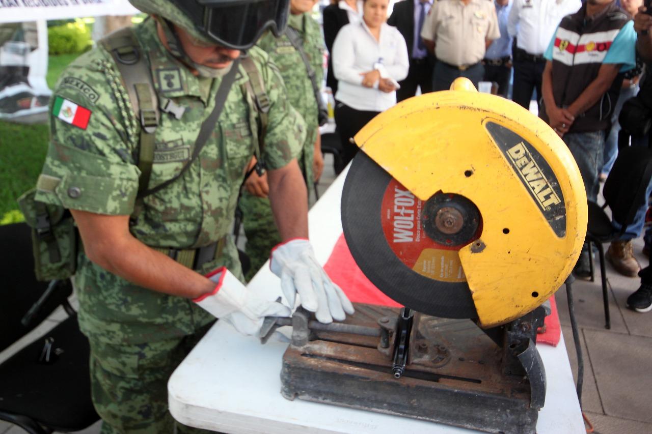 ENTREGAN Y DESTRUYEN 25 ARMAS DE FUEGO 3