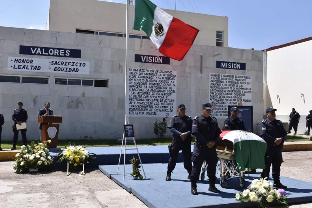 DESPIDEN A SUBDIRECTOR DE POLICÍA DE PÉNJAMO, PRIVADO DE LA VIDA EL PASADO SÁBADO. 3