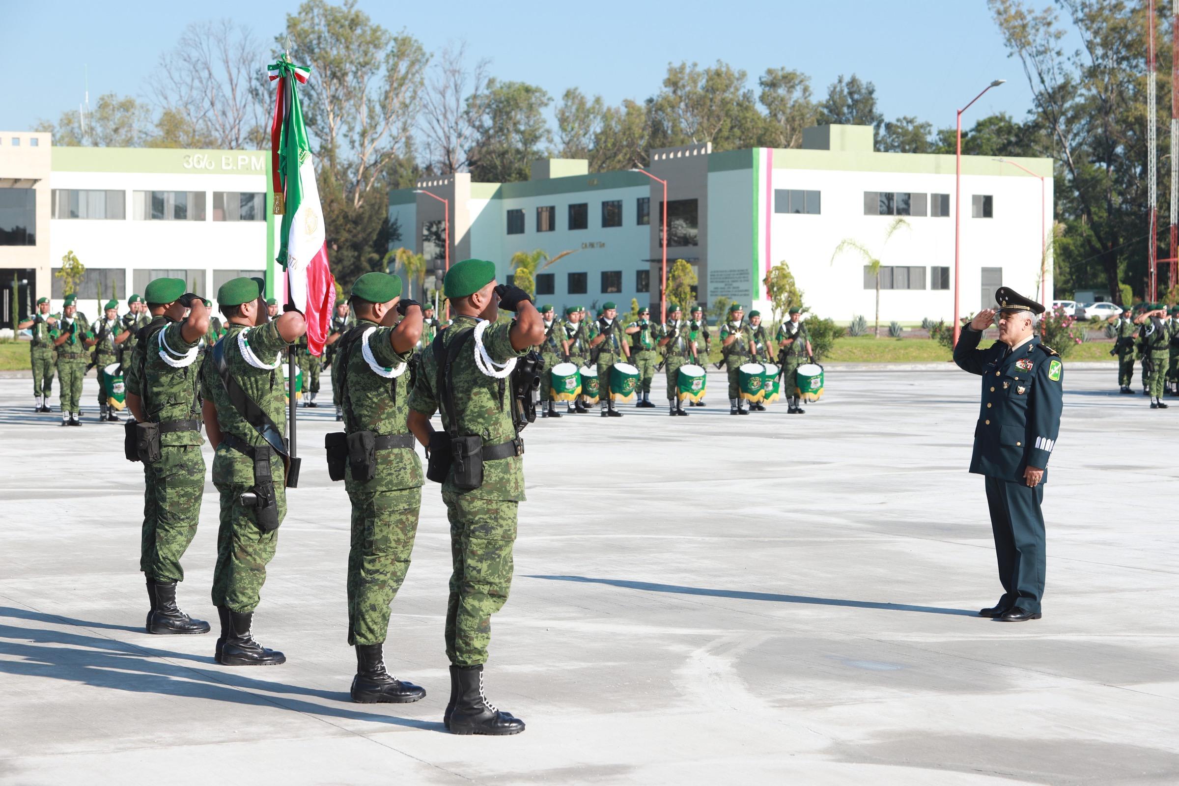 CAMBIO DE MANDO EN LA XII REGIÓN MILITAR CON SEDE EN IRAPUATO 2
