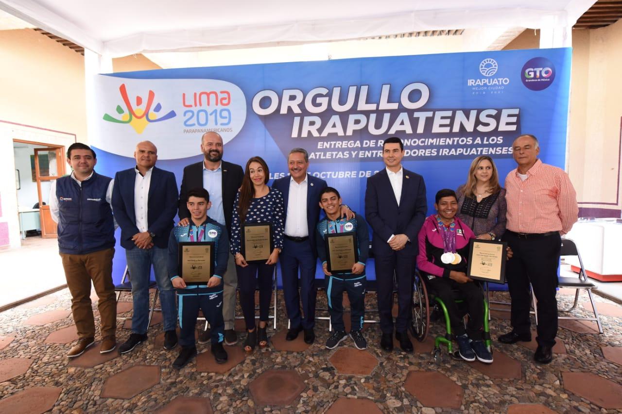 RECONOCEN LOGROS  DE ATLETAS PARA-PANAMERICANOS 2