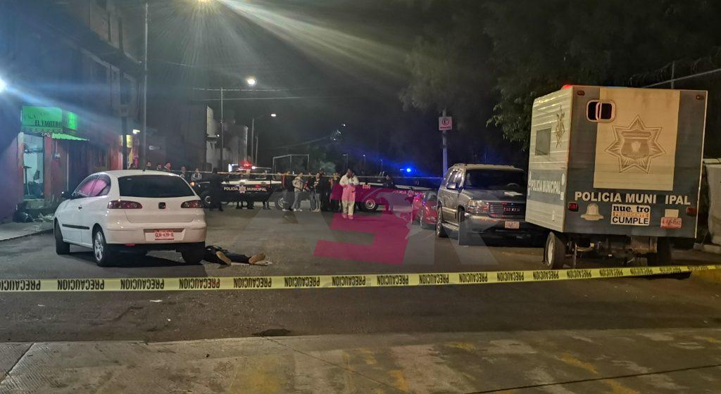 FRENTE A CASETA MÓVIL DE POLICÍA, EJECUTAN A MENOR DE EDAD Y LESIONAN A OTRO HOMBRE. 8