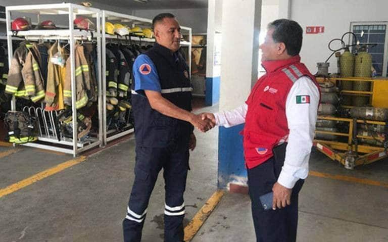 """ACUSAN BOMBEROS DE """"TERRORISMO LABORAL"""" Y CARENTE DE HONESTIDAD A JUAN SEGOVIANO 10"""