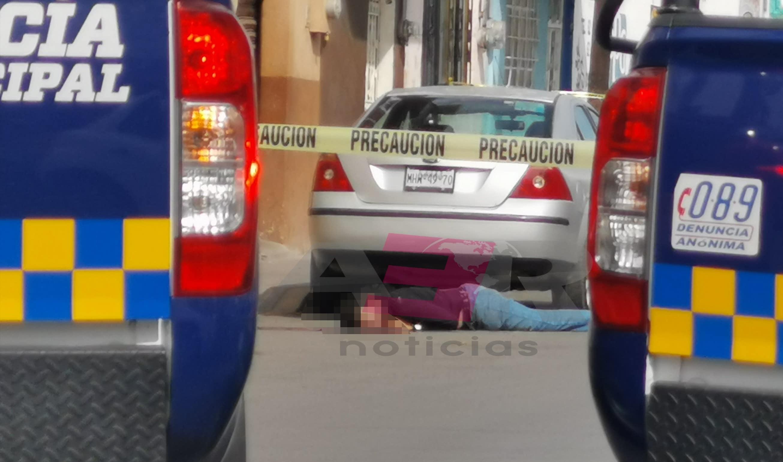 EJECUTAN A HOMBRE EN LA CALLE BOLÍVAR DE LA COL. SANTA JULIA 2