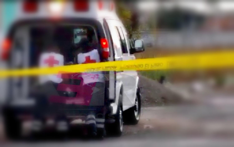 Lesionan con arma de fuego a tres hombres, entre ellos un menor de 17 años. 4