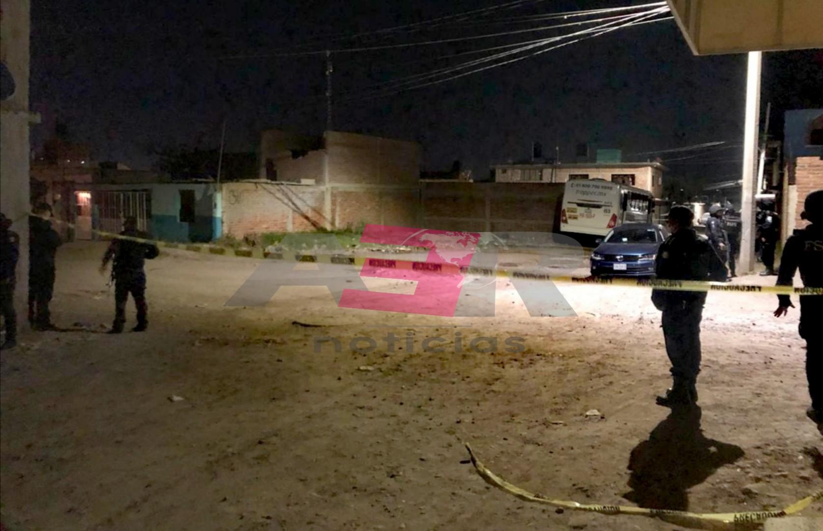 La FGE sólo investiga el asesinato de un hombre en la col. Constitución de Apatzingán, de la balacera no hay informes. 3
