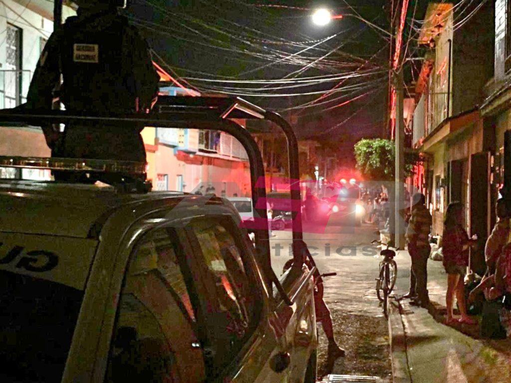 Un muerto y un lesionado en ataque armado en la calle Olivo del Fracc. Del Bosque. 7