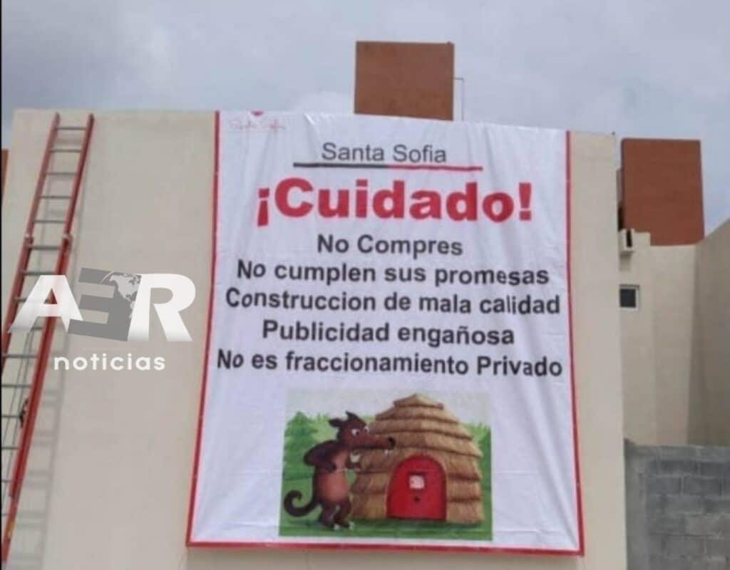 VECINOS DE RESIDENCIAL SANTA SOFIA ACUSAN A INDRET DE VENDER VIVIENDA DE MALA CALIDAD 3