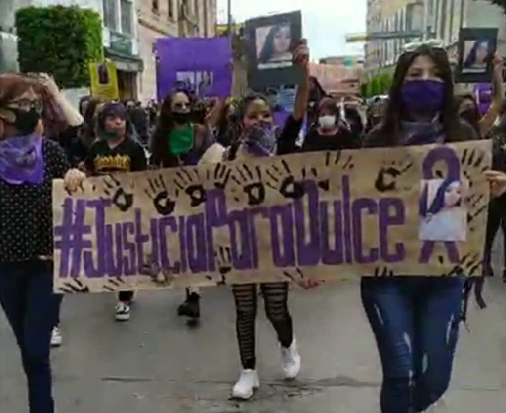 Marchan y exigen justicia para Dulce Guadalupe, para víctimas de feminicidio y desaparición. 2