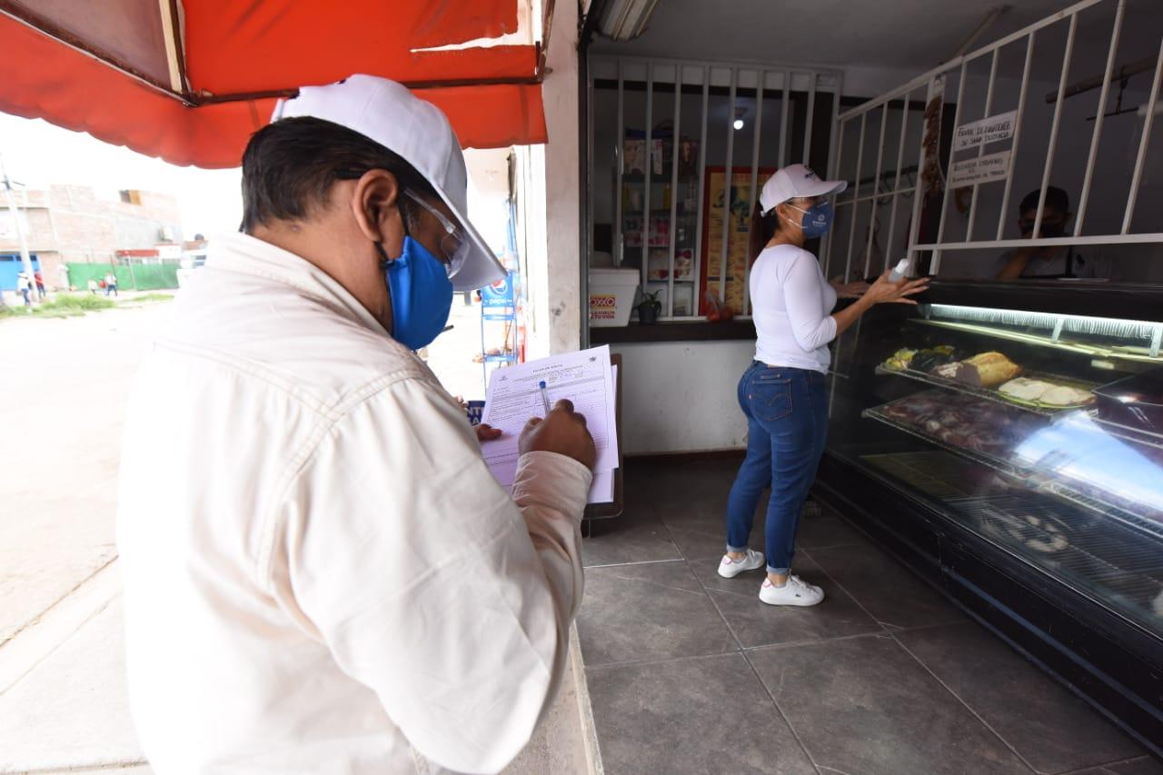 ATIENDEN COMERCIOS APLICACIÓN DE MEDIDAS SANITARIAS 2
