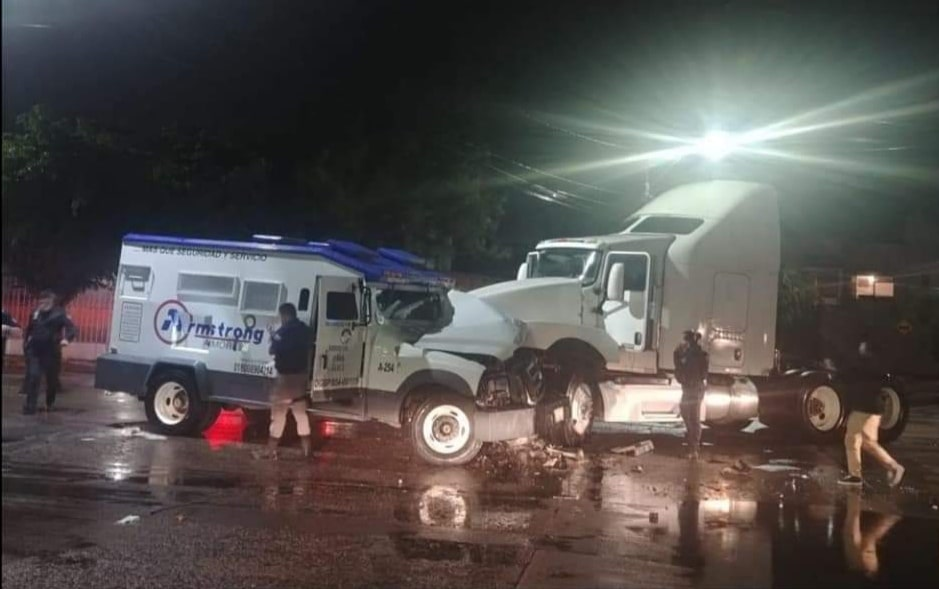 La FGE indaga asalto a vehículo de valores en León para determinar el monto robado 4