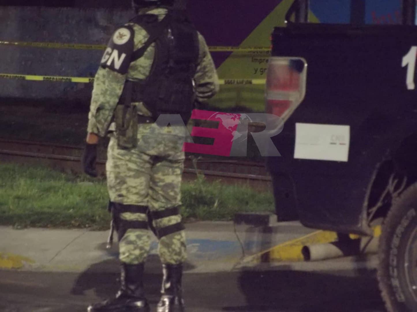 Rafaguean dos viviendas y lanzan artefacto explosivo en la colonia Constitución de Apatzingán 1