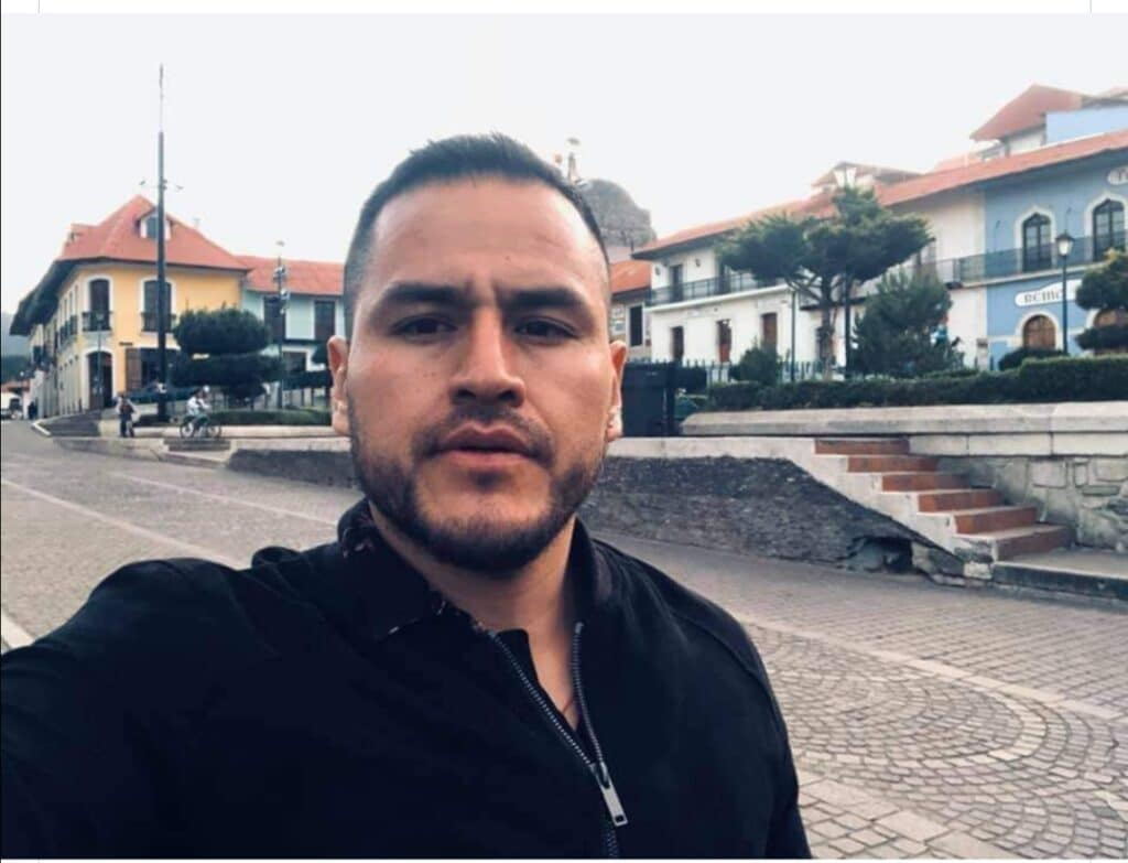 Solicitan apoyo para localizar a funcionario de la Fiscalía General del Estado de Guanajuato 7
