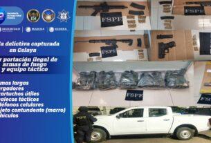 Detienen a cinco integrantes de grupo delictivo, armas, cartuchos y equipo táctico. 4