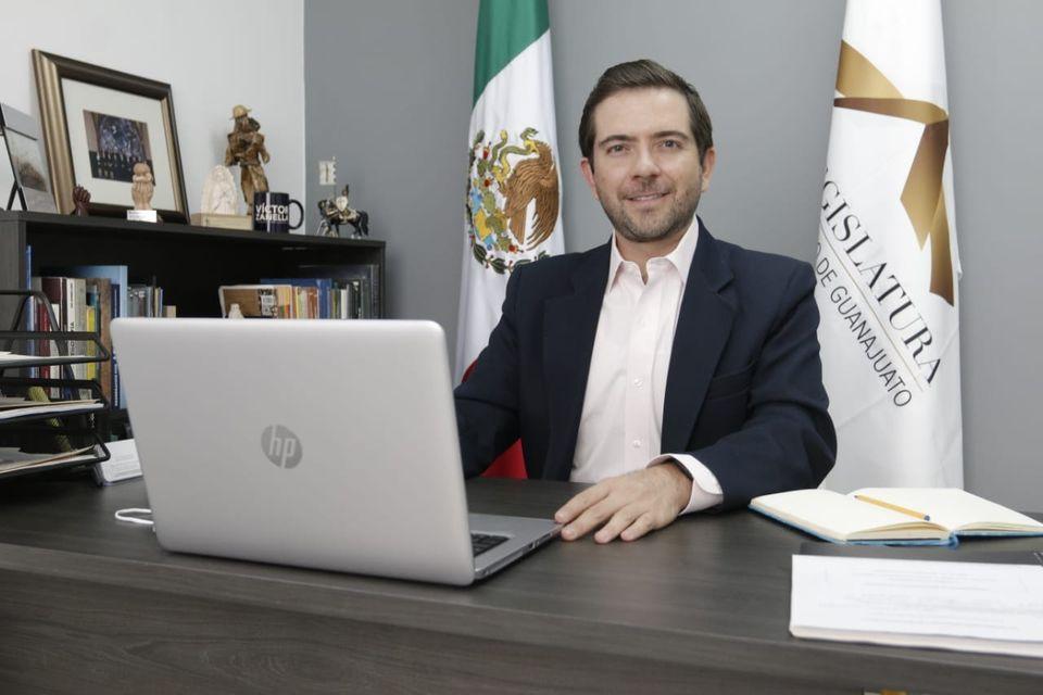 ☑️Presenta diputado Víctor Zanella iniciativa para la prevención de adicciones 1