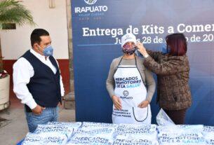ENTREGAN KITS DE PROTECCIÓN A COMERCIANTES 2