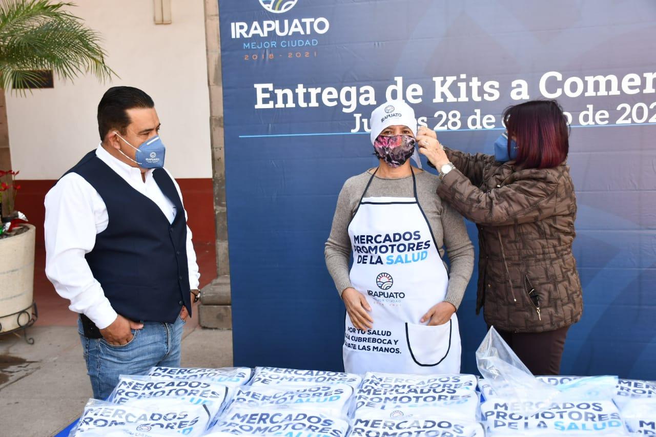 ENTREGAN KITS DE PROTECCIÓN A COMERCIANTES 1