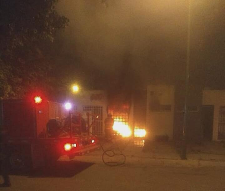 Cuatro muertos, entre ellos un menor de un año, deja ataque armado e incendio de vivienda en Celaya. 1