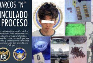 Aseguran droga, objetos para su comercialización, armas prohibidas y vehículos en cateo en Celaya. 2