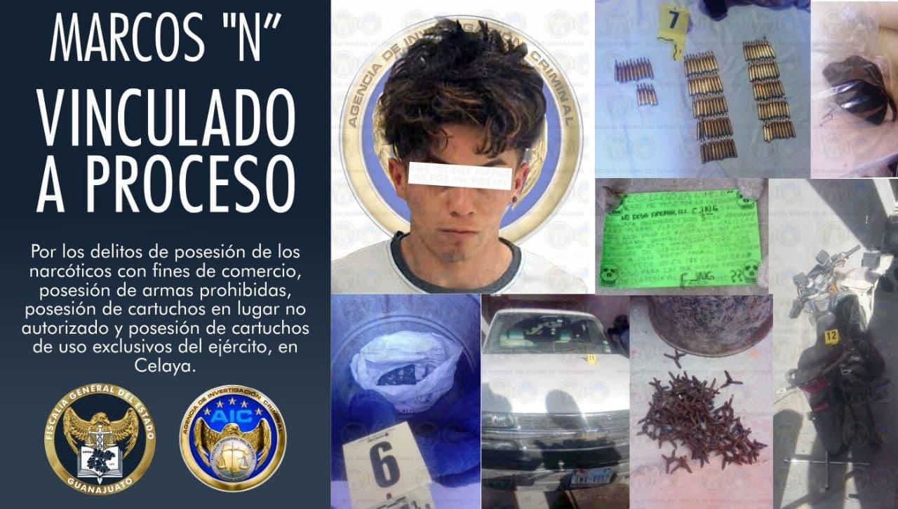 Aseguran droga, objetos para su comercialización, armas prohibidas y vehículos en cateo en Celaya. 1