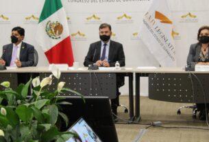 """Realizan panel """"Concertación Política en los Congresos Locales"""", concluye la Cumbre Internacional Legislativa 4"""