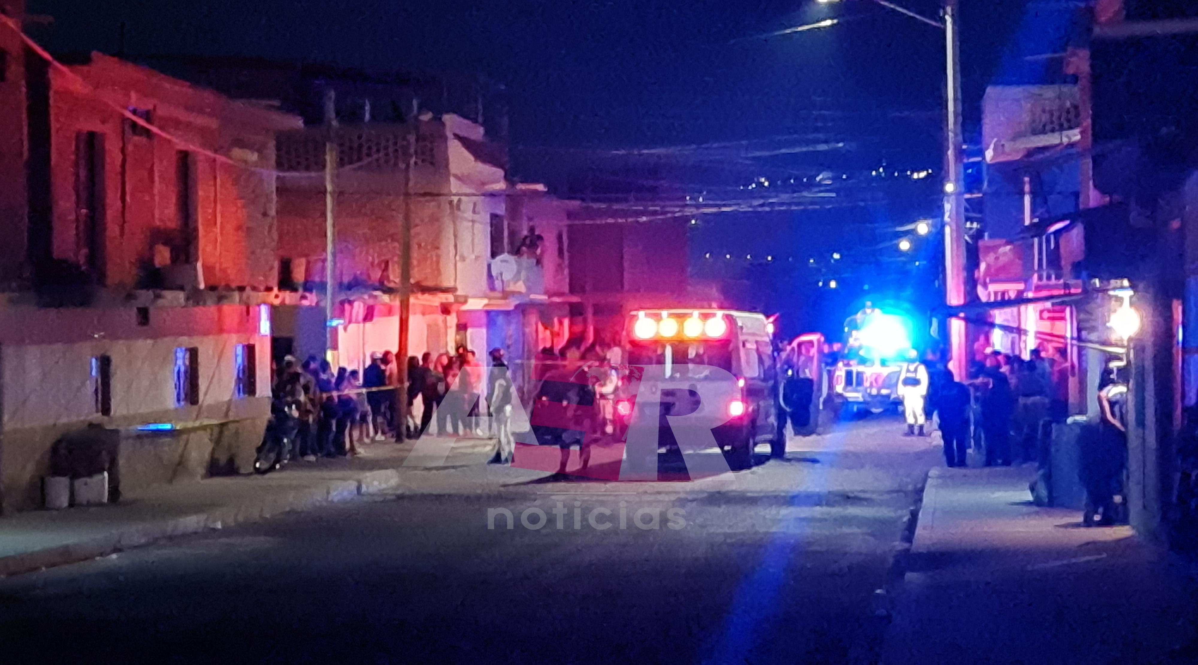 Dos muertos, una mujer y un menor lesionados, en ataque armado en la Col. Lázaro Cárdenas 1