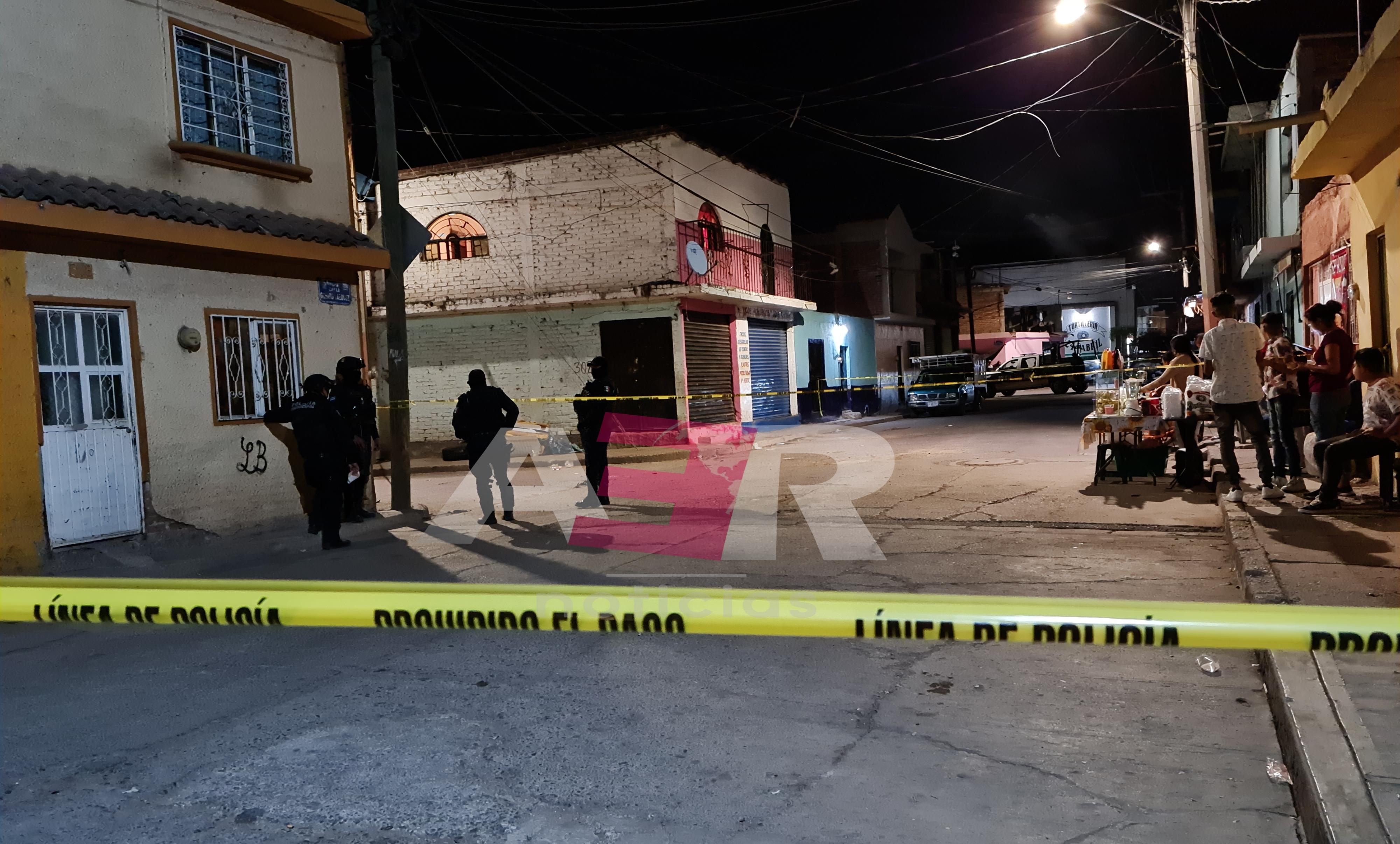 Un muerto y dos heridos, entre ellos un menor de 7 años en la col. Luis Alonso González 1