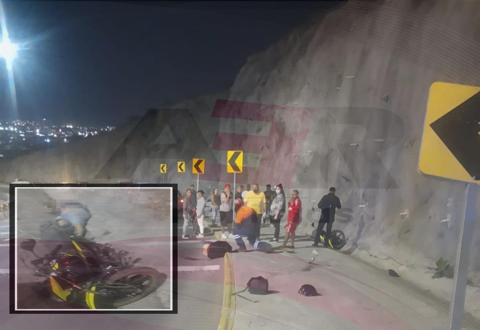 Muere hombre y mujer resulta lesionada en accidente en el 4to. Cinturón Vial 1