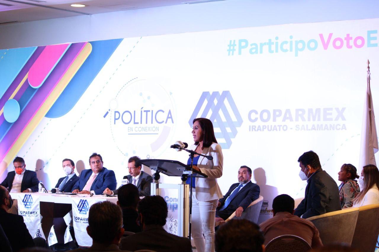 DESTACA LA PARTICIPACIÓN DE SUSY BERMÚDEZ EN EL FORO 'POLÍTICA EN CONEXIÓN' DE COPARMEX 1