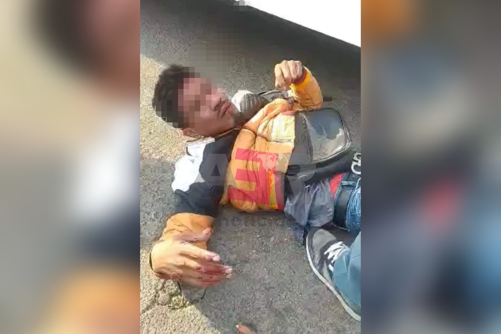 Detienen a presunto asaltante vecinos de la San Miguelito y lo tunden a golpes 1