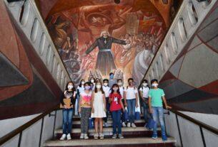 VISITAN NIÑOS, NIÑAS Y ADOLESCENTES PRESIDENCIA MUNICIPAL 4