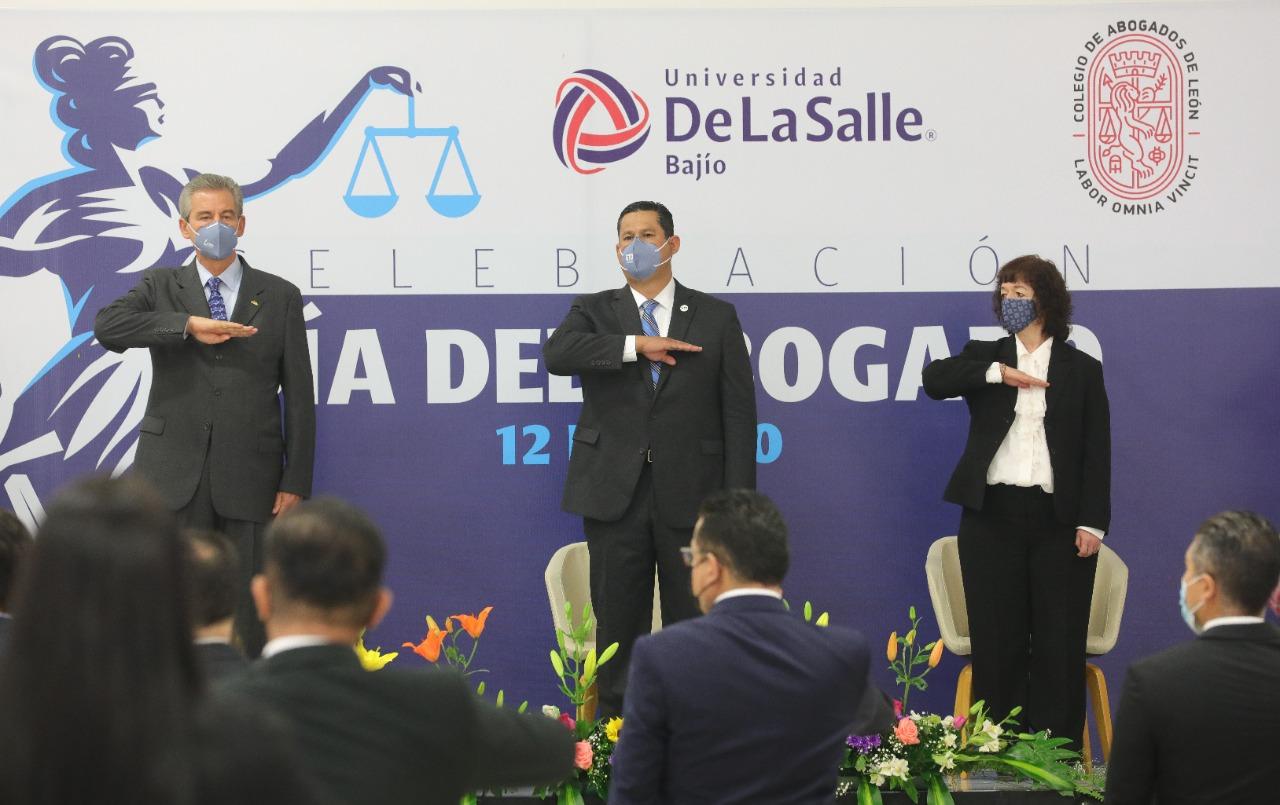 El Abogado es un pilar del Estado de Derecho: Diego Sinhue. 1