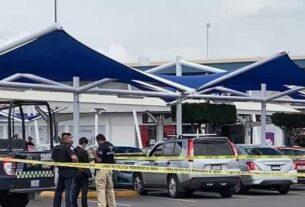 Dos mujeres asesinadas y una menor grave en estacionamiento de Walmart en León 4