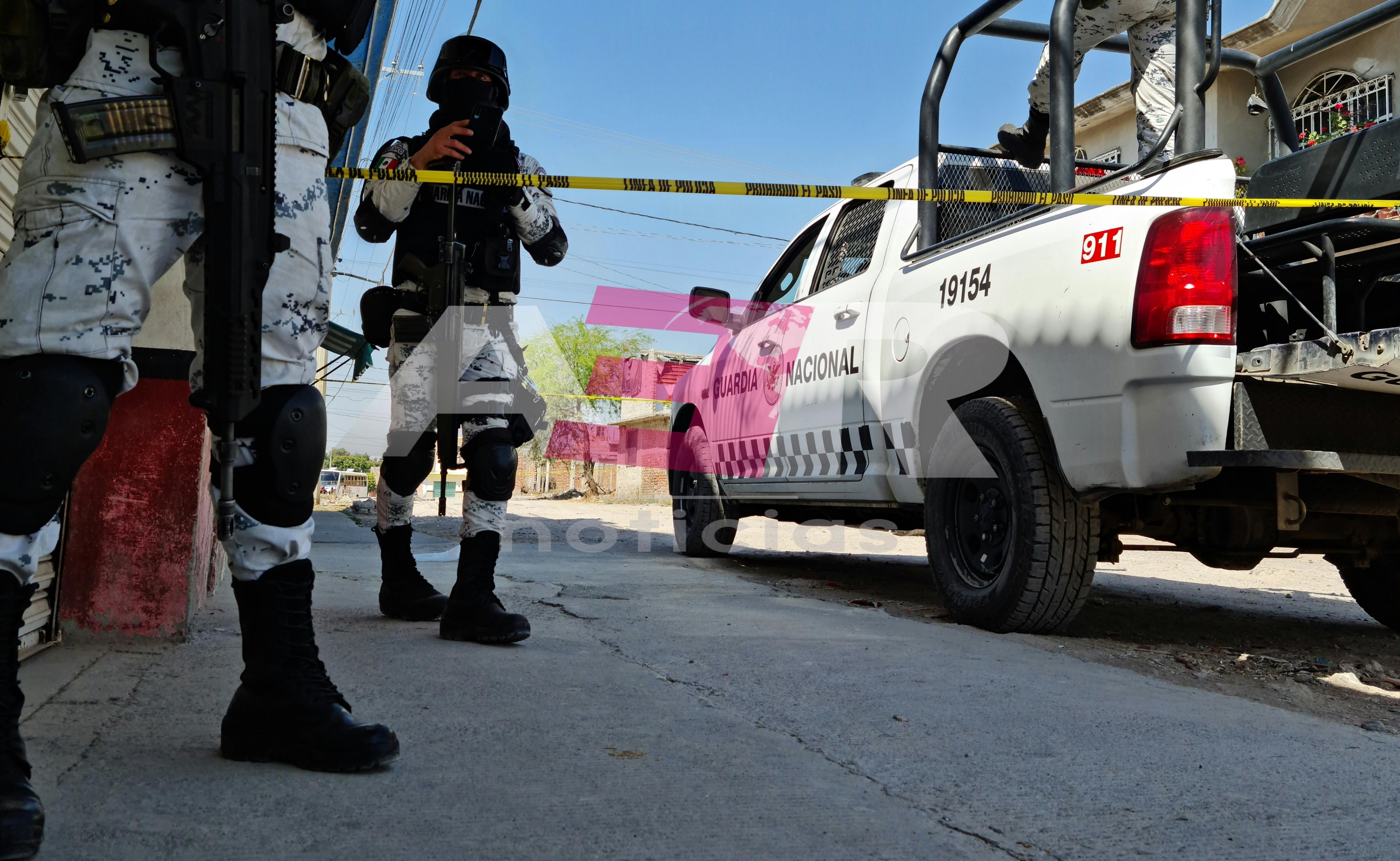 Dos muertos y una mujer lesionada deja ataque armado en la colonia Azteca 1