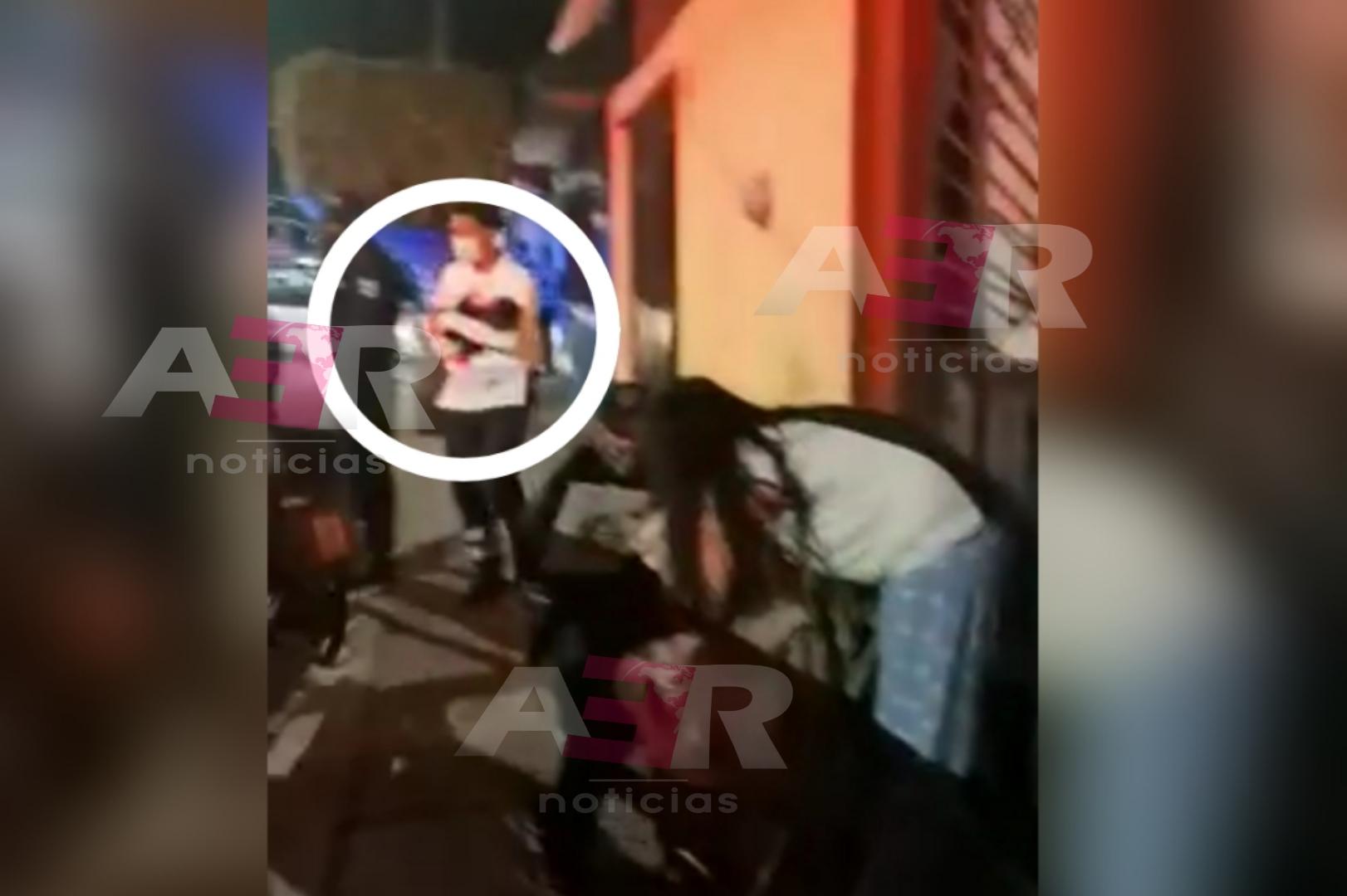 Mujer intenta matar a sus hijos de 4 meses y 11 años de edad 1