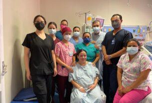 Luego de ocho días intubada, embarazada es dada de alta 3