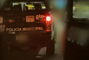 Balazos y persecución de policías a sujetos en la carretera Abasolo-Irapuato 2