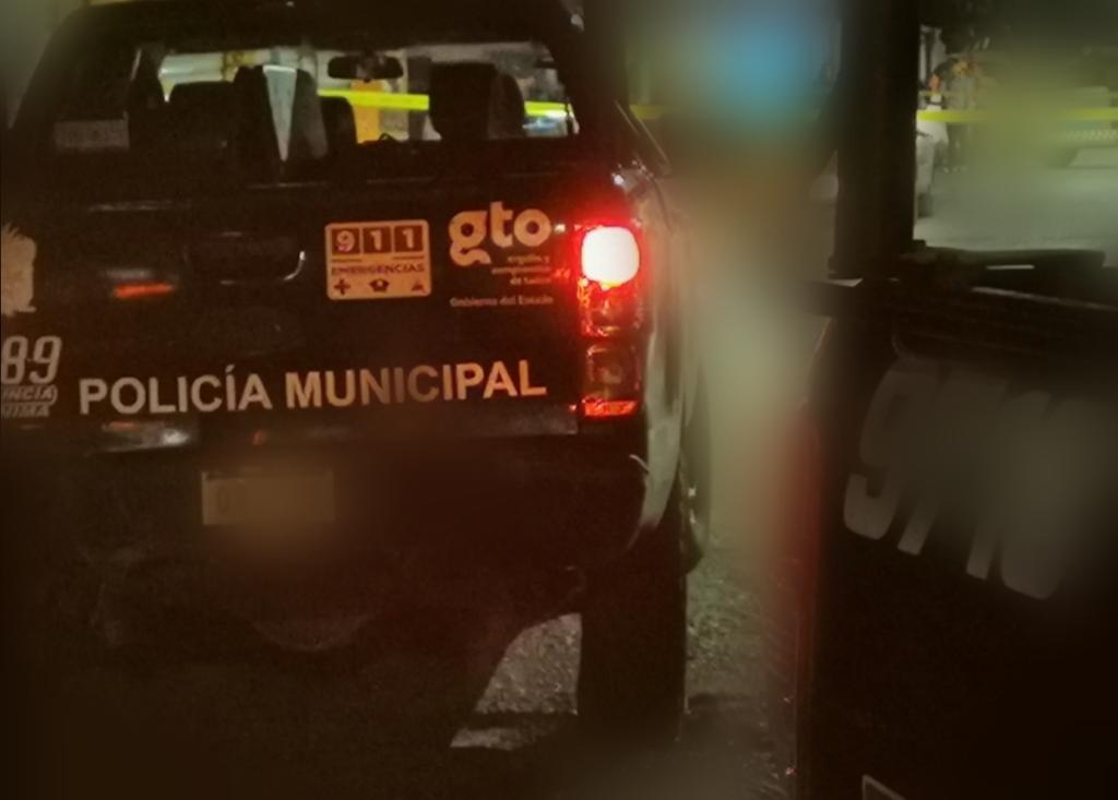 Balazos y persecución de policías a sujetos en la carretera Abasolo-Irapuato 1